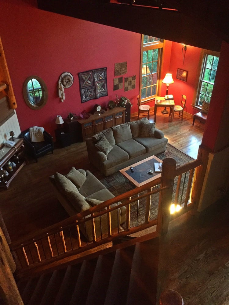 Hideaway Lodge Bed and Breakfast