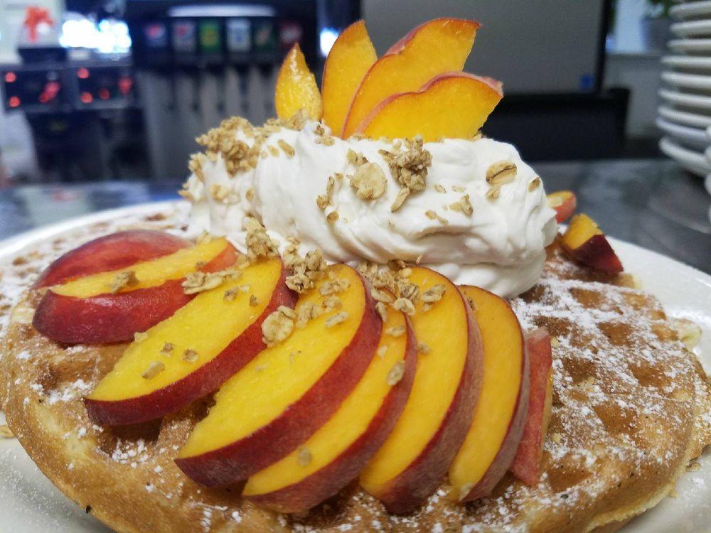Nancy's Cafe: 356 Elm Ave, Auburn, CA