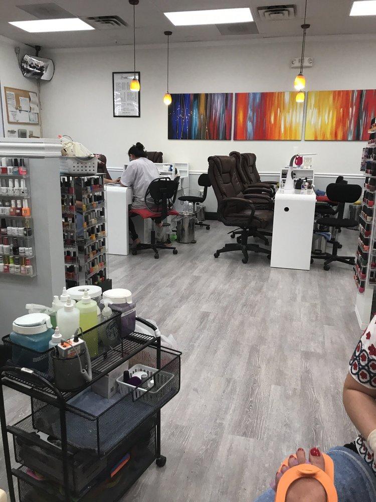 Davi Nail Salon: 2800 W Nolana Ave, McAllen, TX