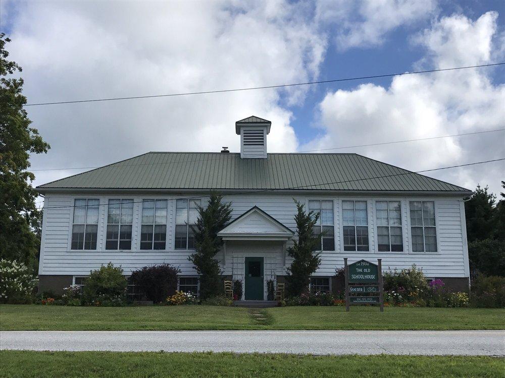 The Old Schoolhouse of Isle La Motte: 172 School St, Isle la Motte, VT