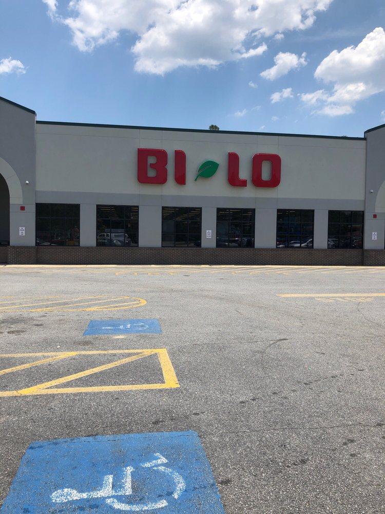 Bi Lo: 1338 North Way, Darien, GA