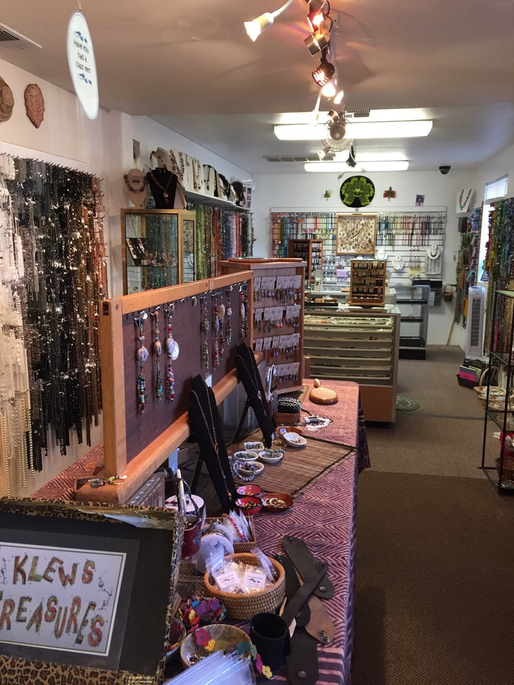 The Spirited Bead & Klews Gallery: 435 W J St, Tehachapi, CA
