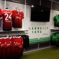Hannover 96 fanshop 11 photos 10 reviews souvenir for Hannover souvenirs