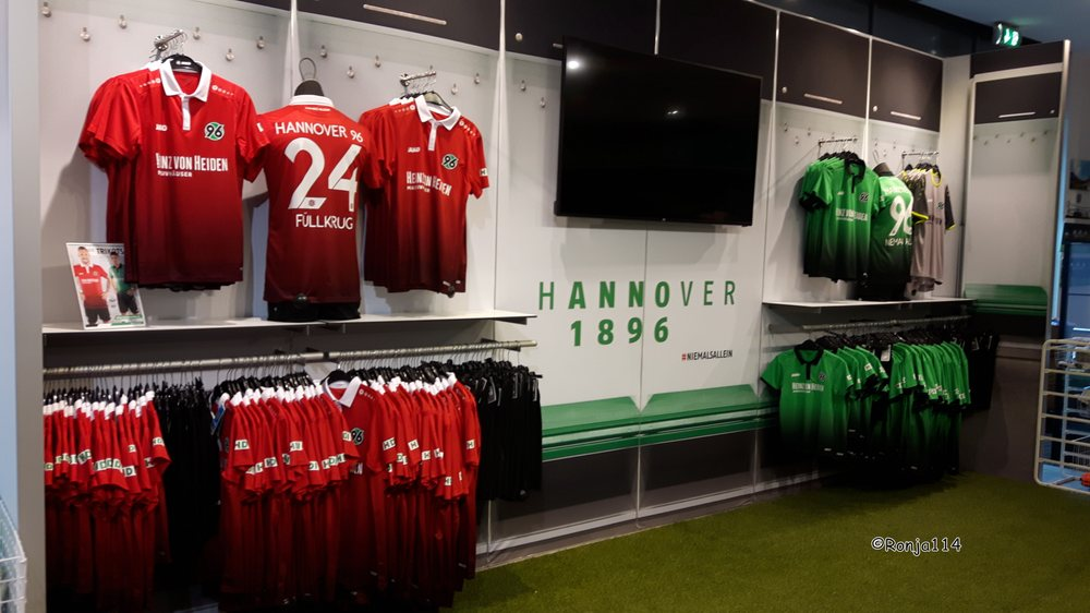 Hannover 96 fanshop 11 photos 10 avis magasin de for Hannover souvenirs