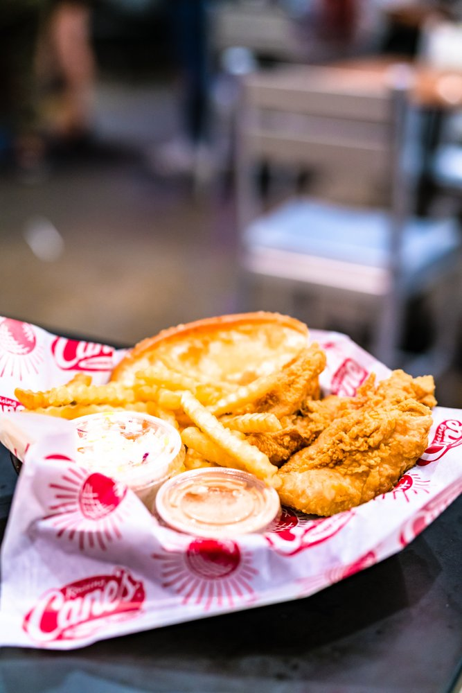 Raising Canes Chicken Fingers 594 Photos 805 Reviews Fast