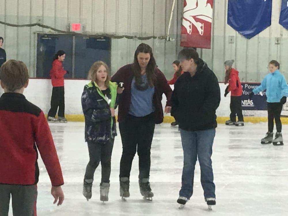 Northland Ice Skating: 10400 Reading Rd, Cincinnati, OH