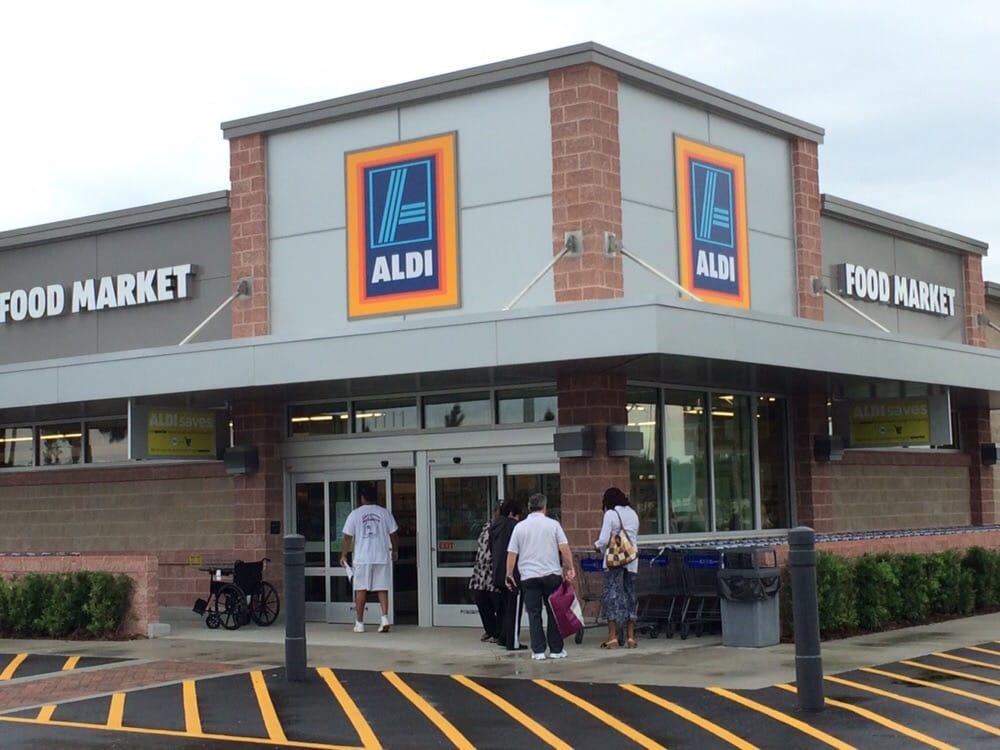 Aldi 14 reviews supermarkets 2481 okeechobee blvd for Aldi international cuisine