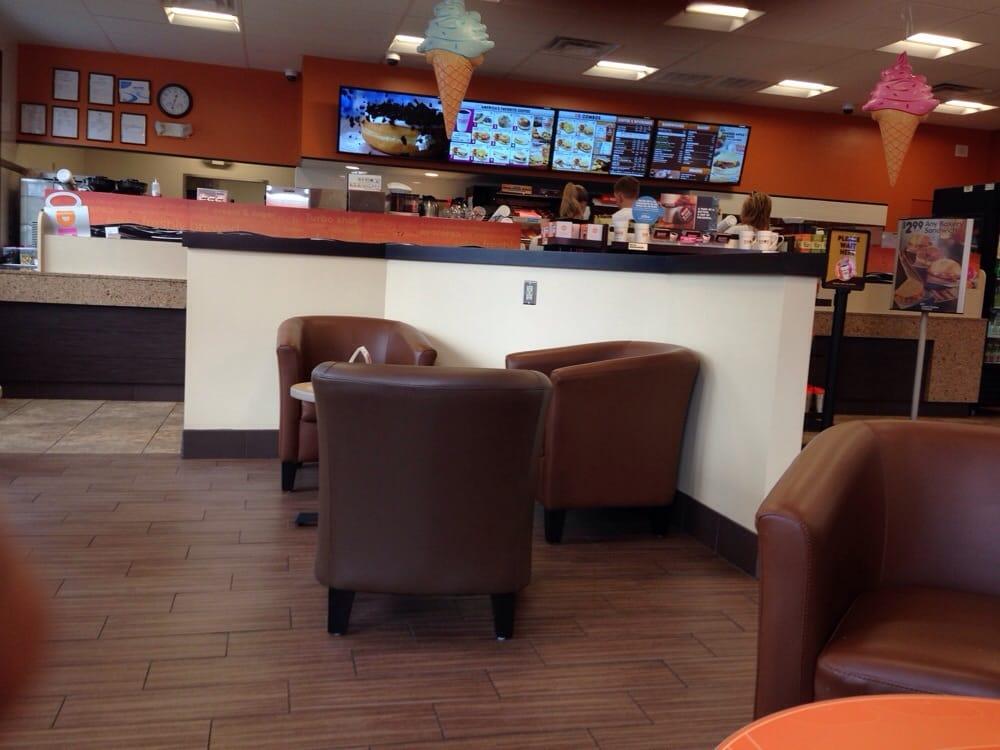 Dunkin' Donuts: 34 Elm St, Templeton, MA