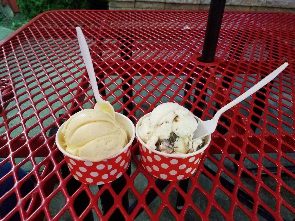 Bordentown Creamery: 680 Rout 206, Bordentown, NJ