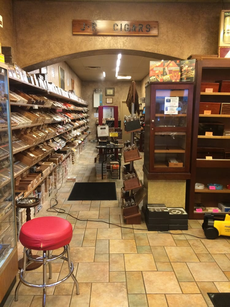 Jr Cigars: 4 N Central Ave, Saint Louis, MO