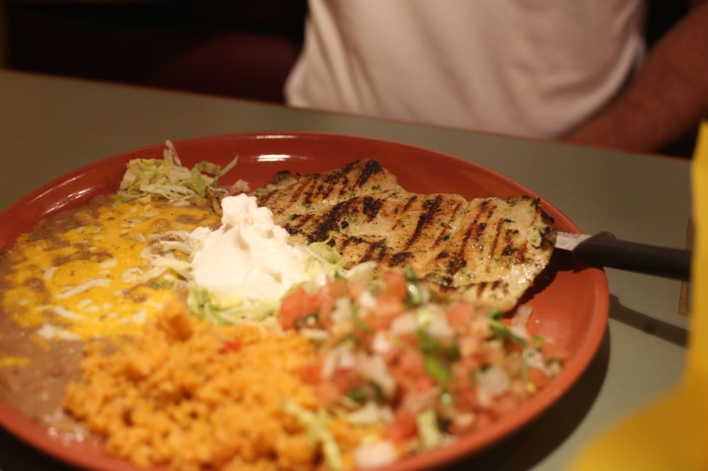 El Toro Viejo Restaurant: 680 S Main St, Brigham City, UT