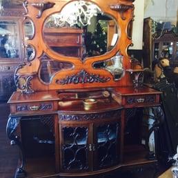 Sammys House Antiques and Vintage Antiques 601 E Gibbs Del Rio