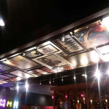 Photo Of Red Robin Gourmet Burgers Merrillville In United States The Decor
