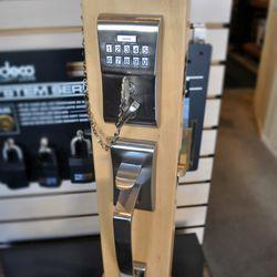 Metro Locksmiths - 19 Photos & 121 Reviews - Keys