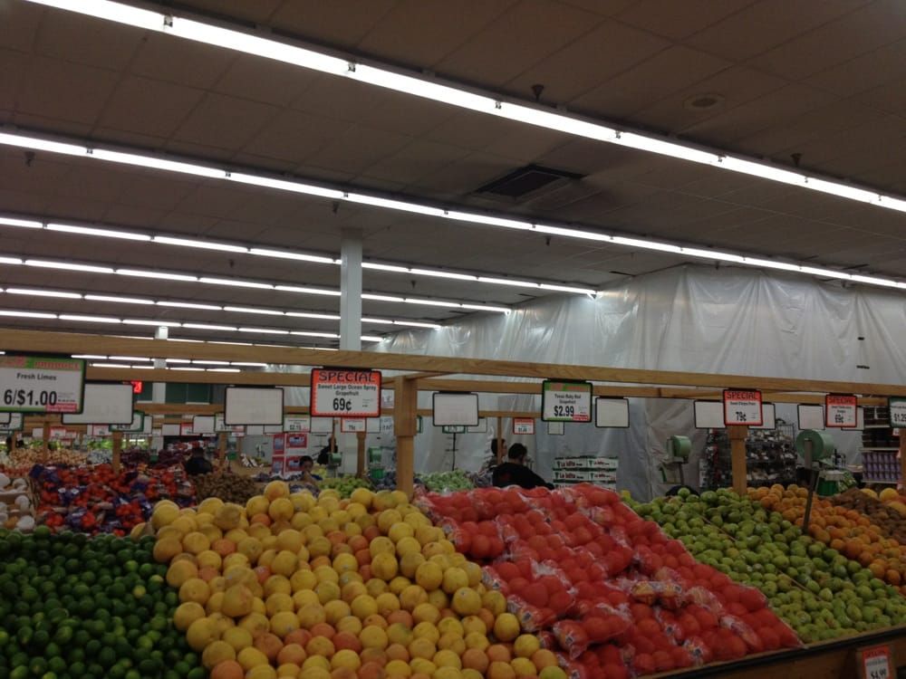 Produce And Former Deli Area Now Under Construction Yelp