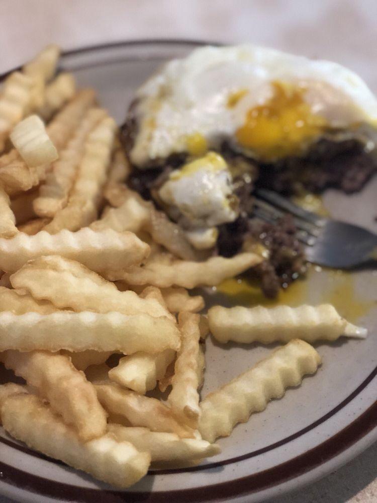 Nicoll's Cafe: 255 Main St S, Pine City, MN