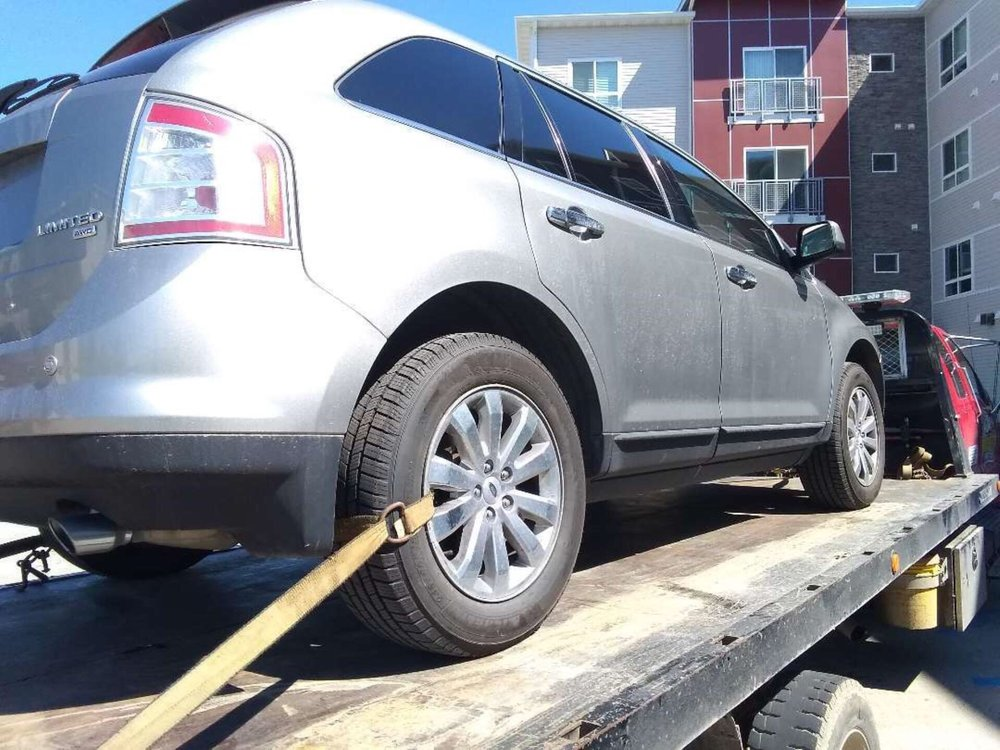 Towing business in Grand Forks, ND