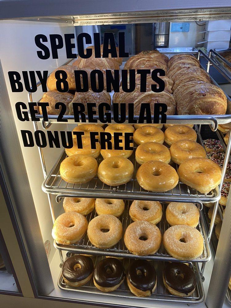 Orosi Donuts: 41440 Rd 128, Orosi, CA