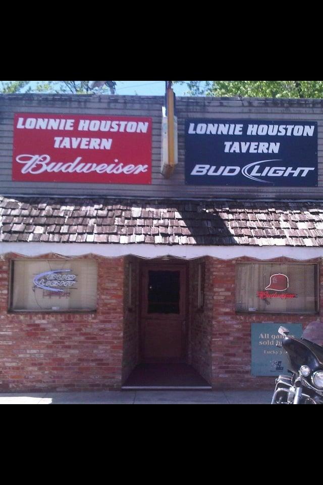 Lonnie Houston Tavern: 107 S 6th St, Sarcoxie, MO