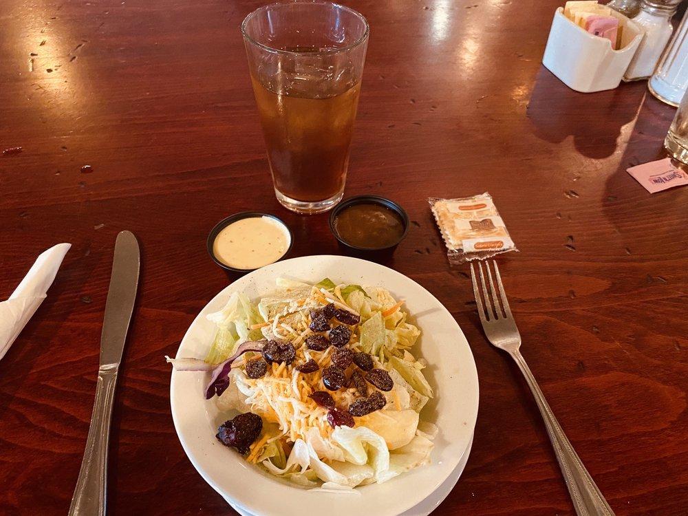 Lisa's Country Kitchen: 735 S Main St, Nephi, UT
