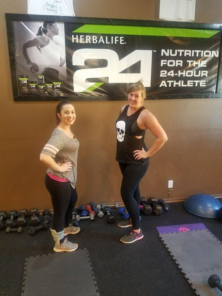 HealthNLife Carpio: 232 W 6th St, Beaumont, CA