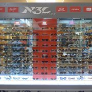 769469ab15966 Sunglass Hut - 17 Reviews - Sunglasses - 380 The Shops At Msn ...