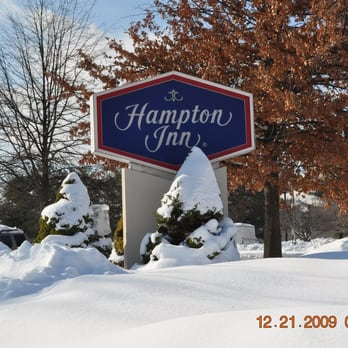 hampton inn charlottesville 26 photos 31 reviews. Black Bedroom Furniture Sets. Home Design Ideas
