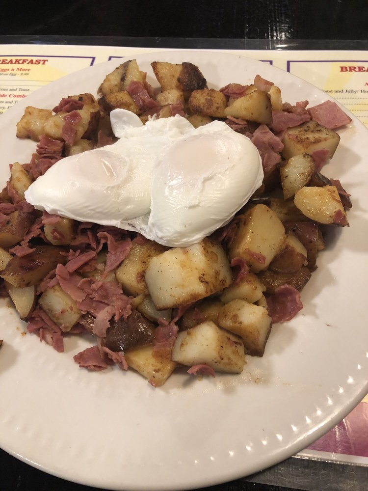 Magic City's Remarkable Diner: 451 Fairview Ave, Barberton, OH