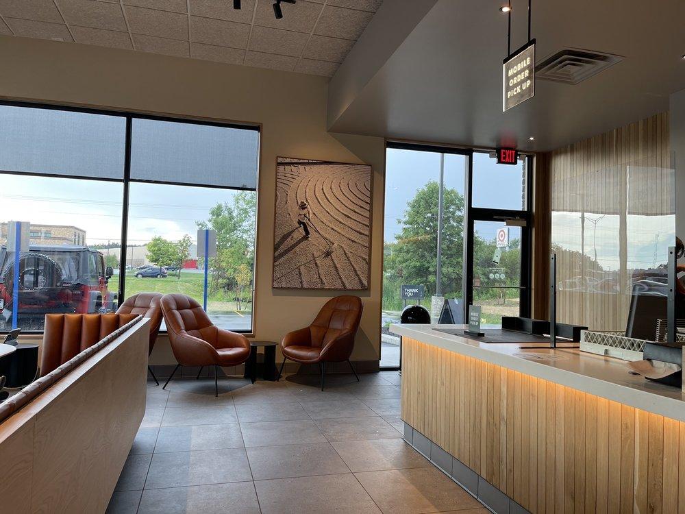 Starbucks: 1707 N Central Ave, Marshfield, WI
