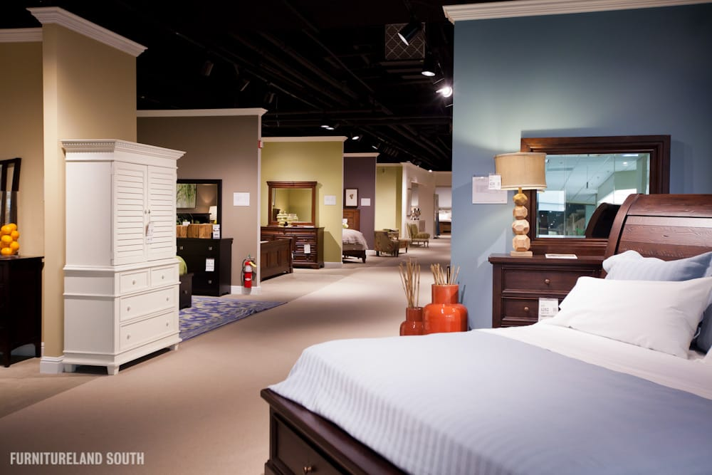 Furnitureland south bedrooms yelp for Furnitureland south