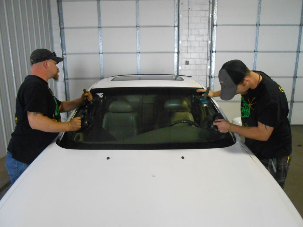 Fas-Break Auto Glass Service: 405 N Broad St, Fremont, NE