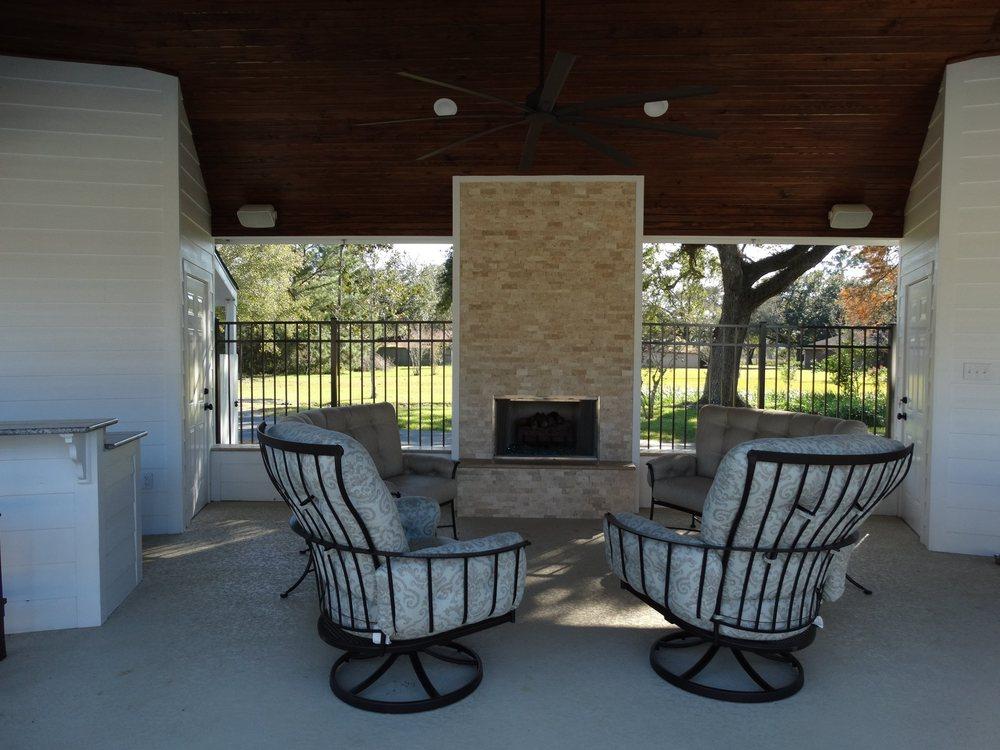 Arnold Builders: 508 N Main St, Dayton, TX