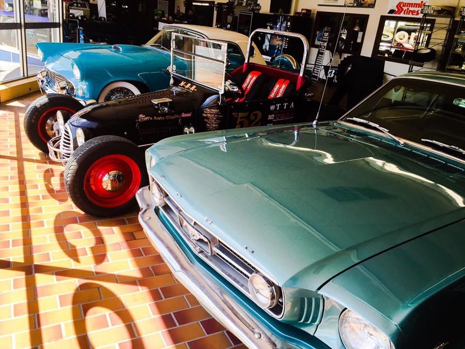 Cecil & Sons Discount Tires: 100 S Main St, Sapulpa, OK