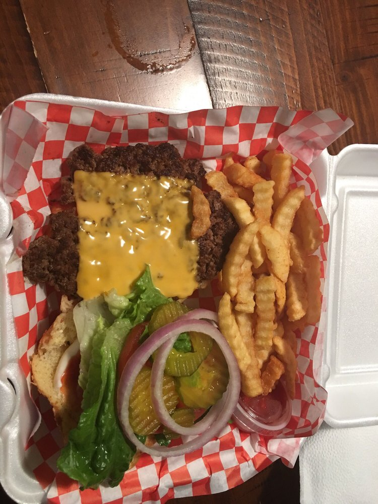 Burgers & Chile Loco: 411 Hwy 78, Lavon, TX