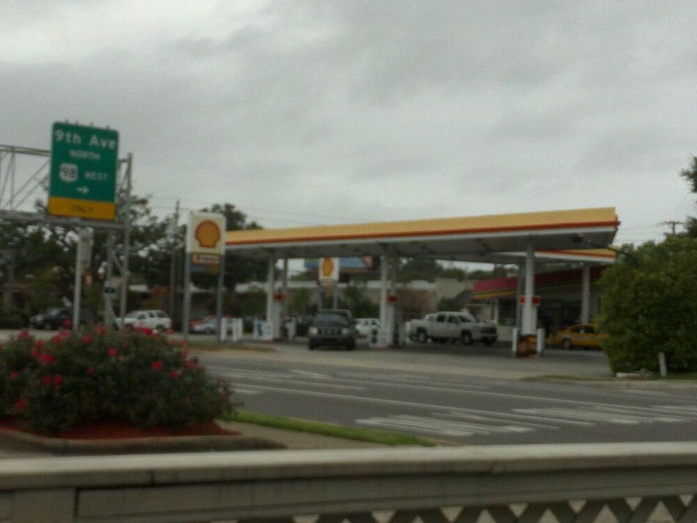 Shell: 400 E Gregory St, Pensacola, FL