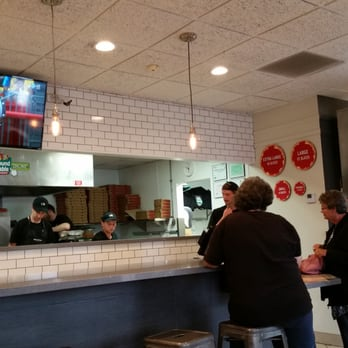 Round Table Pizza - 59 Photos & 81 Reviews - Pizza - 6110 Friars ...