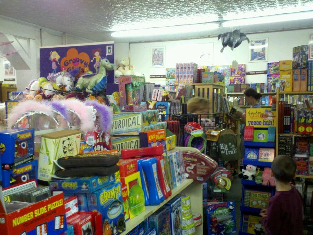 I Love Books: 380 Delaware Ave, Delmar, NY