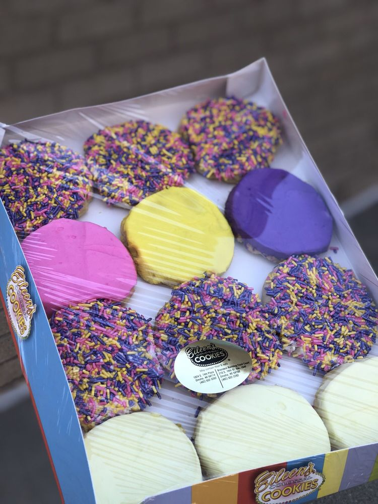 Eileen's Colossal Cookies: 210 S. 16th Street, Omaha, NE
