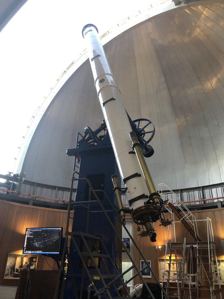 Chabot Space & Science Center: 10000 Skyline Blvd, Oakland, CA