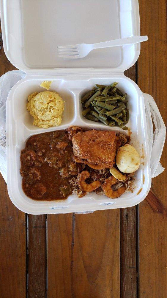 Glenda's Creole Kitchen Restaurant: 3232 Main Hwy, Breaux Bridge, LA