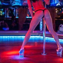 gentlemen s club strip clubs pla a de catalunya 4 l 39 eixample barcelona spain phone. Black Bedroom Furniture Sets. Home Design Ideas