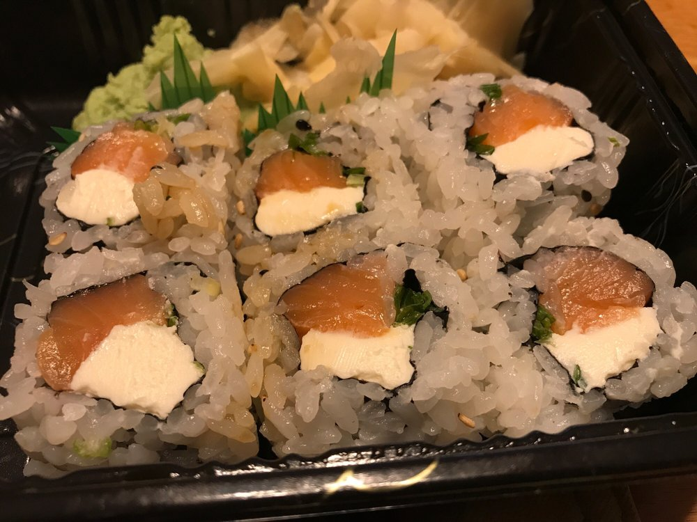 Sushi Ya: 27 Theatre Ctr, Sparta, NJ
