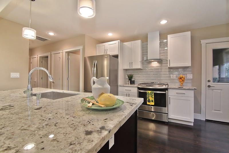 Pius Kitchen Cabinets