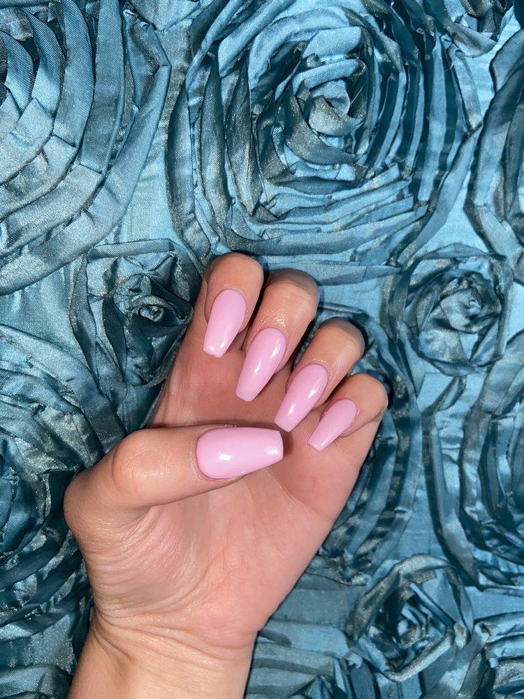 Lz Nails: 540 W North St, Manhattan, IL