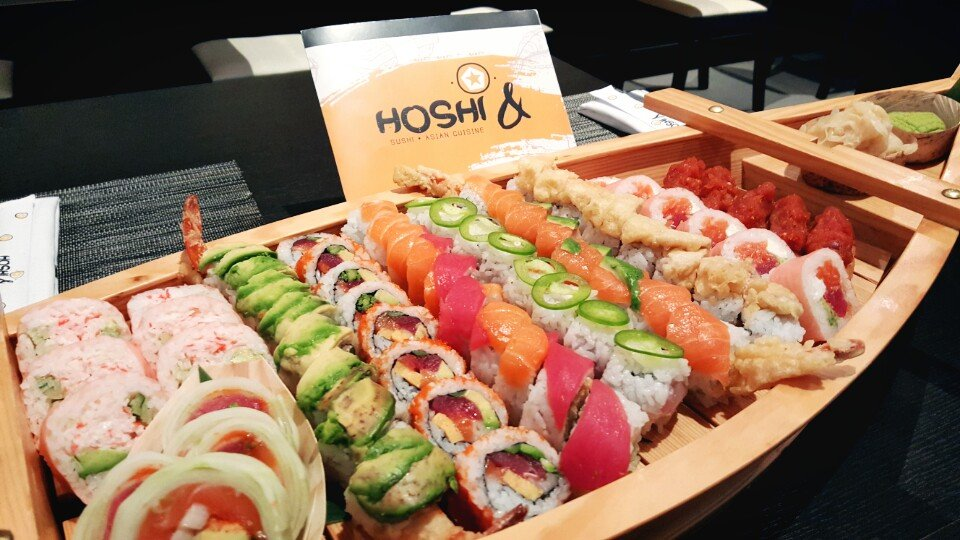 Hoshi & Sushi