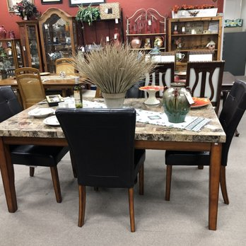 red rooster furniture consignment more 24 photos 13 reviews rh yelp com