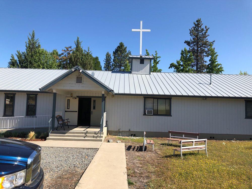 Lewiston Community Church: 80 Viola Ln, Lewiston, CA