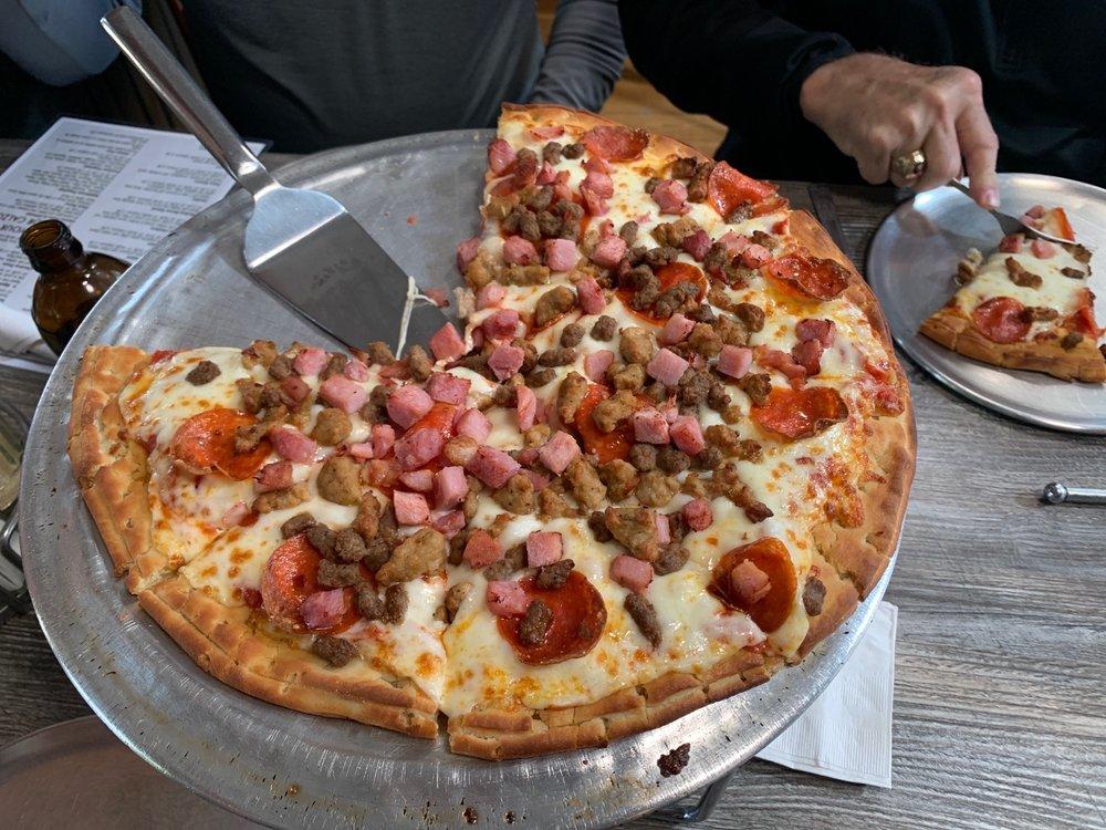 Panny's Pizzeria: 160 Palomino Trl, Ridgway, CO
