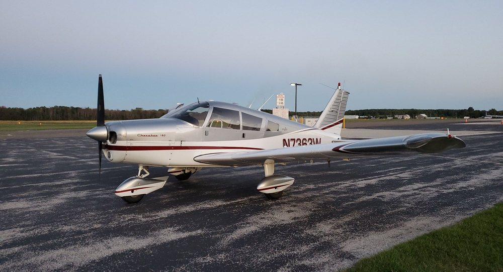 Grizzly Scenic Air Tours: 3538 Park Dr, Sturgeon Bay, WI