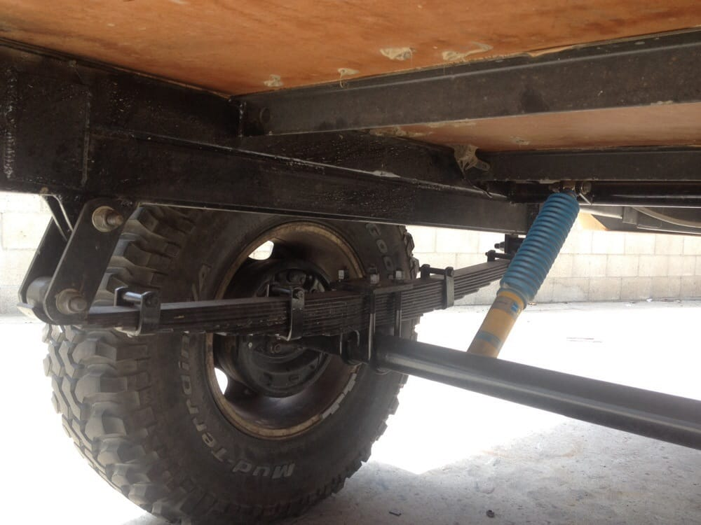 Deaver Made These Custom Leaf Springs Shackles Axel And
